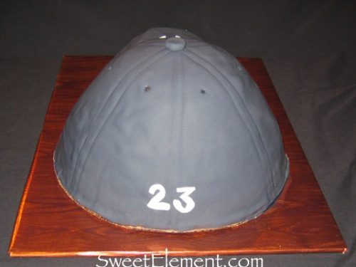 Yankees Baseball Hat Cake Rear View