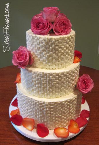 How To Basket Weave Buttercream : Buttercream basketweave wedding cake sweetelement